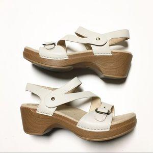 Dansko Velcro Strap Cream Strap Sandal size 40